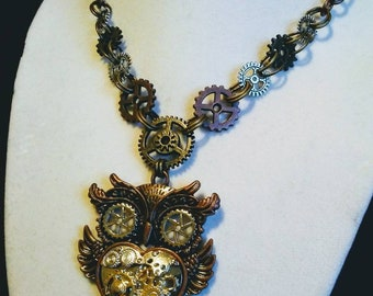 Steampunk owl necklace, Steampunk jewelry, gears, owl necklace, gears and cogs, industrial jewelry, owl jewelry, Steampunk, mixed metals