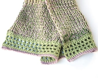 Ready to ship  handknit scarf in rose and green / Genoveva //  Dirndl accessoire  olive green   ski hill   ooak