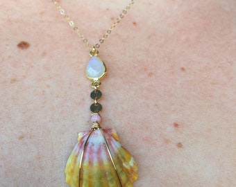 Surnise Shell Lariat