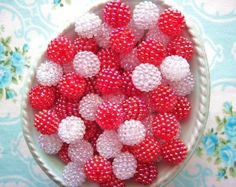 Berry Beads - Peppermint Twist - 15mm - Set of 20