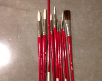 lot of 10 vintage grumbacher paintbrushes , assorted , NOS 1980s