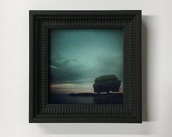 Edgewater - Framed Glass Print of Edgewater Park at Sunset