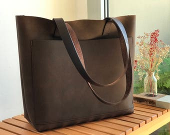 "632c5fbae8 Large Brown Leather tote bag with outside pocket.  ""Cabas Illa Roja "".  Premium"