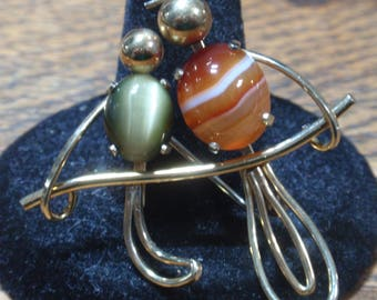 Vintage Krementz Bird Brooch with 2 colored stones