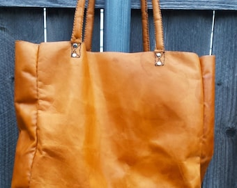 Extra Large Leather Tote, Handmade Tote Bag, Leather tote bag, Weekend Bag, Large Book Bag, Extra Large Leather Purse, Lined Leather Purse