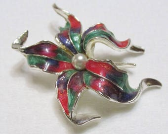 vintage red and green poinsettia design brooch pin enamel on metal