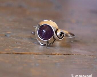 Bague ethnique violette - améthyste - plaquage vieil argent