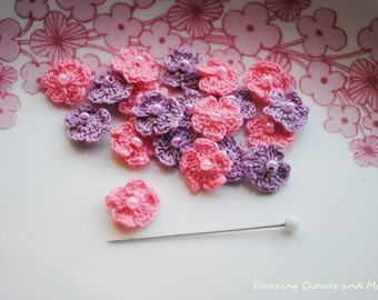 Mini crochet flower appliques with a bead, crochet pink and purple flowers, Flower appliques, 20pcs, supplies for cards and scrapbook
