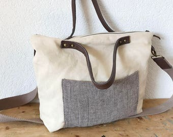 European Linen Tote in Beige Colour - Messenger Bag - Zippered Linen Tote - Crossbody Bag - Diaper Bag - Brown Leather Handles Bag