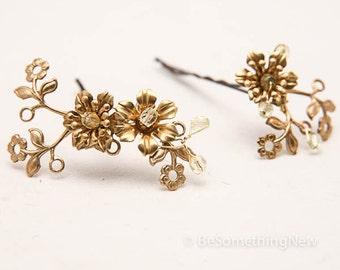 Vintage Flower Bobbie Pins, Brass and Gold Flower Hair Accessories, Wedding Hair, Vintage Wedding Hair