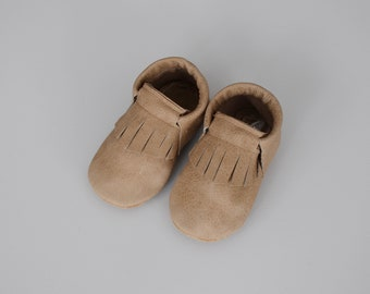 loafers / baby moccasins mocks / soft soled shoes / weathered walnut