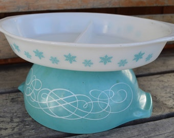 Vintage Pyrex Oval Baker, Turquoise Kitchen, Snowflake, Divided Casserole, Mid Century, 1950s, Gift for Dad,Fathers Day Gift, Gift for Her