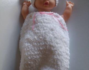 Infant Lamb Cocoon and Hat, Lamb Photo Prop, Lamb Outfit, Lamb Bunting, Lamb Sac, Crochet Lamb Cocoon
