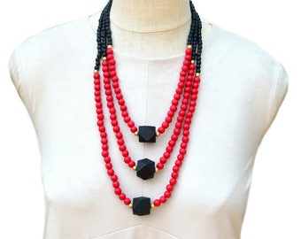 red and black necklace / red beaded necklace / texas tech necklace / black and red jewelry / beaded necklace / statement necklace