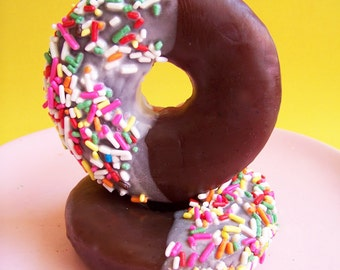 Doughnut Soap Dipped Sprinkle - Donut Soap, Chocolate Scented, Sprinkles, Bakery Soap, Frosted Bath, Gag Gift, Fake Food, Soap Favors, Bath