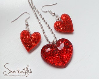 Jewellery set, matching necklace and earrings, red resin hearts, christmas jewellery, resin jewellery, womens jewellery