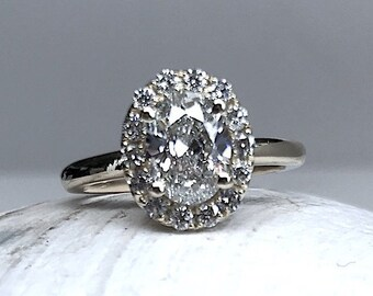 1.26ct F-SI2 Oval Diamond Engagement Ring Halo 18kt Yellow Gold GIA certified Blueriver4747 White Gold