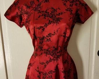 SILK CHINESE DRESS // Knockout Red Silk Cheongsam 50's Japanese Dress Floral Traditional Raver Club Kid Costume Mandarin Dress Size S/M