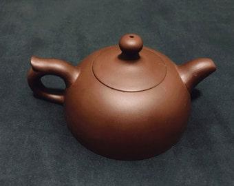 Red Clay Handmade Chinese Teapot - Flat Bottom