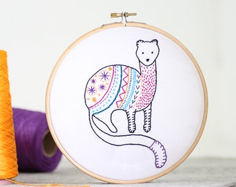 Stoat Embroidery Kit - Embroidery Design - Nursery Decor - Hand Embroidery - Hoop Art - DIY Kit - Modern Embroidery - Adult Craft Kit