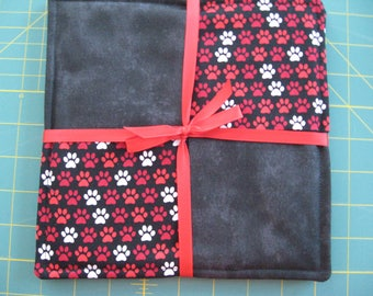 Pair Pot Holders Paw Print Black Red White Hot Pads