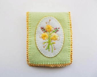 Needle Book Pastel Green Felt Needle Keeper with Hand Embroidered Flowers Crochet Edge Handsewn