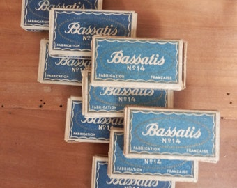 Shaving blades vintage French Bassatis no 14 - two boxes of five blades