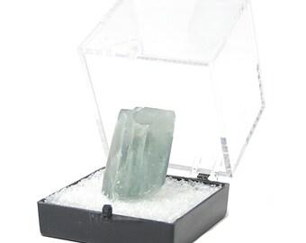 Barytine Colorado bleu Baryte miniature minéral spécimen de cristal d'une collection de pierres précieuses de geo immobilier au Musée de présentoir, USA Gem