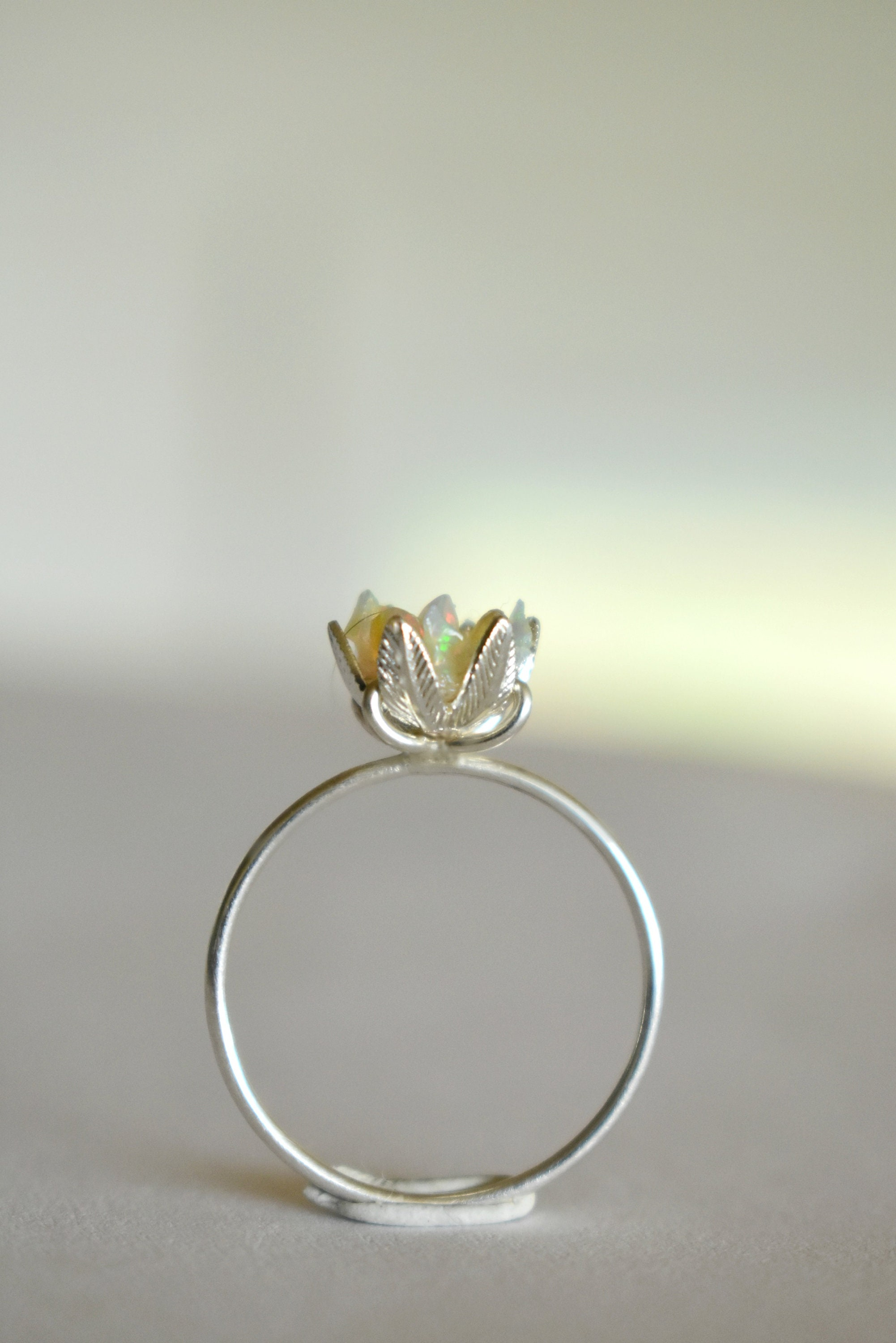 diamond lotus ct round gold rings ring white d engagement in
