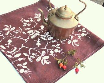 rosehip pattern floursack towel ecru