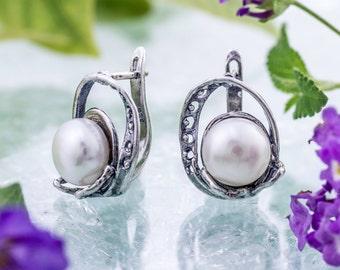 Silver Gold and Pearl Earrings ,925 Sterling silver, 9 karat gold, June Birthstone Earrings, Bridal Earrings, handmade