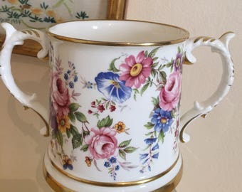 Two handled porcelain cup - Excellent distinguished eminent - reduced by country ware