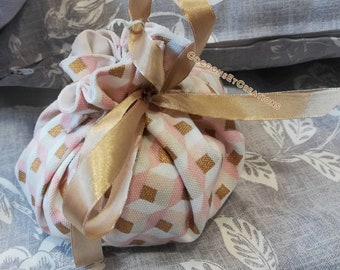 Fancy pouch made entirely by hand and lined with a pretty estate