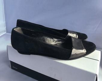 Joan and David Vintage Black and Silver Flats Sz 8.5B