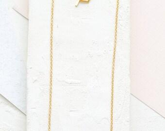 Collier court de Copenhague, collier de signature, cette suspension minimaliste, design scandinave