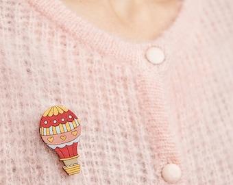 Hot air balloon Brooch - Air balloon jewellery - Vintage balloon brooch - Colourful jewellery - Kawaii badge - Adventure jewlery - Cute pin