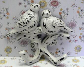 Bird Wall Hook Cast Iron Shabby Elegance Distressed White White Double Lovebirds Nursery Mudroom Hooks Jewelry Hat Key Scarf Leash Hook