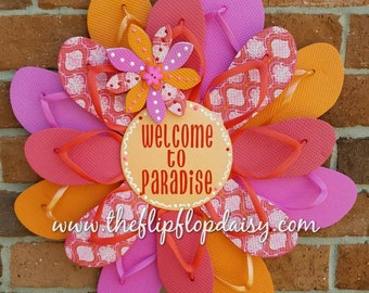 """Adorable """"Welcome to Paradise"""" Flip Flop Wreath Door Wall Decor Unique Gift"""