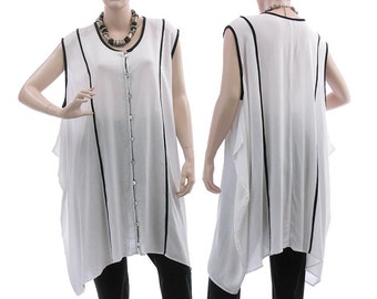 Oversized boho summer tunic top, wide buttoned rayon tunic in white with black, lagenlook white tunic plus size women M-XL, US size 12-18