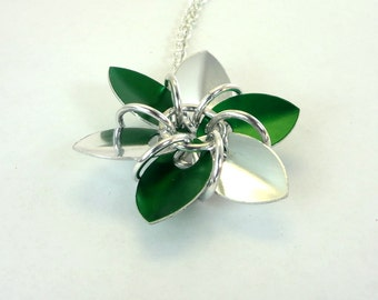 Silver And Green Dragon Scale Flower Necklace