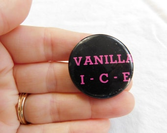 Vintage 1980's 90's Vanilla Ice Pin Pinback Button    DR-5