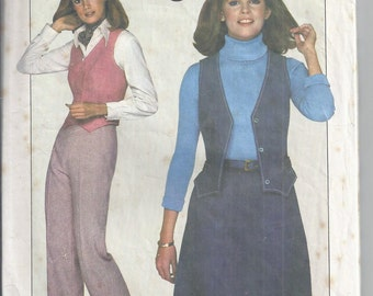 Simplicity 8156 Vintage Sewing Pattern from 1977.  Skirt, Pants,Vest.  Jiffy Pattern, Bust 34