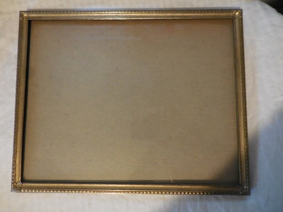 Vintage 1950s to 1960s Gold Tone Metal Retro Photo/Picture Frame ...
