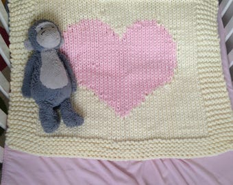 Chunky knit heart baby blanket- Cream with pink