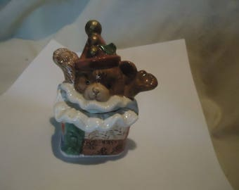 Vintage 1992 Fitz & Floyd Teddy Bear Popping Out Of Present Set Of Salt and Pepper Shakers, Have Stoppers, collectable