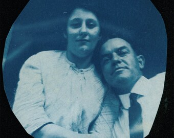 vintage photo 1908 in LOVE COuple Cyanotype