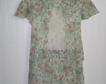 Darling Antique Vintage 1930's~Young Girls Dress~Drop Waist-Hand Smocking-Vintage Flower Girl Wedding-Costume Theater