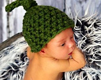 Pea Pod Newborn Knot Hat in Green
