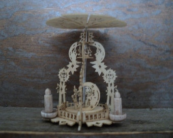 """Dollhouse miniature pyramid moon and stars in 1"""" or 1:12 scale"""