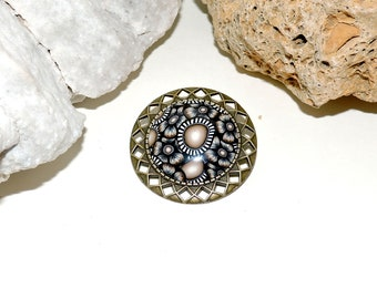 Brooch made of bronze metal and cabochon polymer clay (fimo)